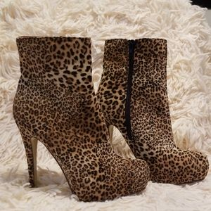 Just Fab Leopard High Heel Ankle Boots size 7